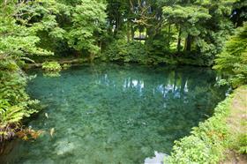 明神池水源