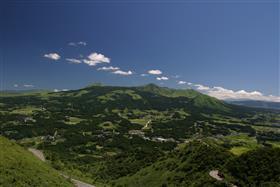 俵山展望所よりみた南阿蘇村の全景
