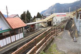 地震以前の南鉄立野駅とJR立野駅